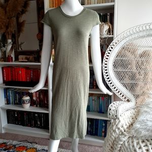 Jessica Simpson lomg midi tee shirt dress
